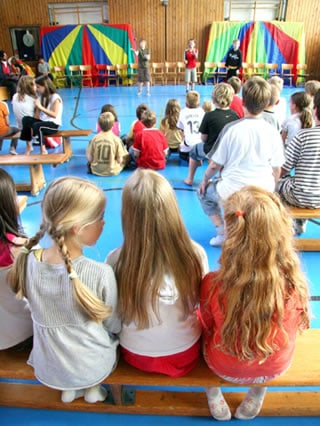TOUSSINI.de circus mobile Schulprojekt