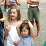 Toussini Mitmachzirkus auf der Straße
